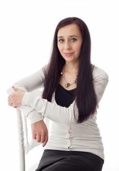 Димитрина Младенова - психолог и психотерапевт
